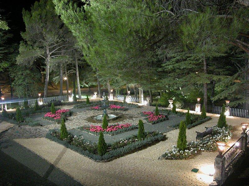 Espacio fuentepizarro for Jardines romanticos